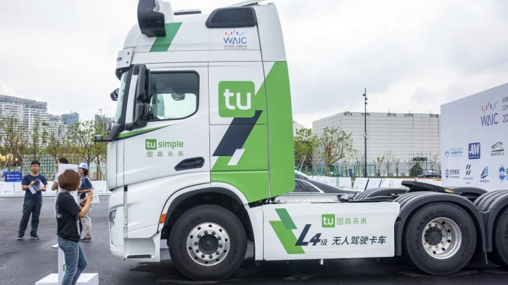 Self-driving tractor-trailer start-up TuSimple achieves unicorn status in funding round that values it at $1 billion